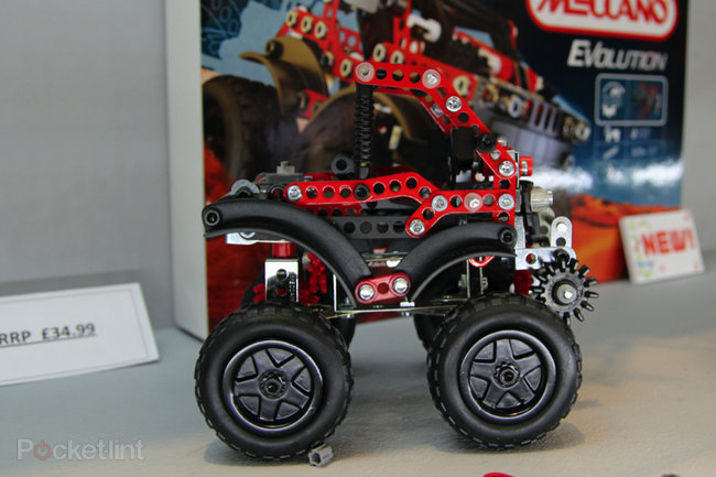 Meccano Evolution shrinks parts for more detailed models (pictures) - photo 7