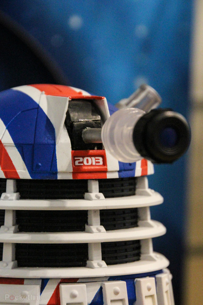 Doctor Who: Limited Collector's Edition Union Jack Dalek pictures and hands-on - photo 5