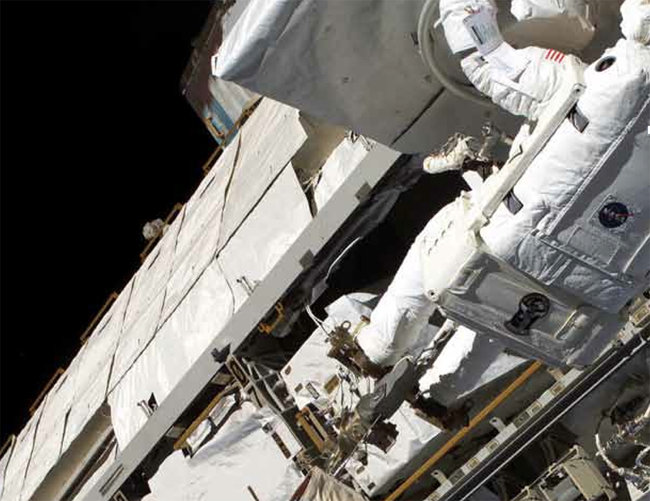 Space Travel: A beginner's guide to becoming an astronaut - photo 8