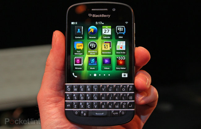 BlackBerry Q10 pictures and hands-on - photo 1