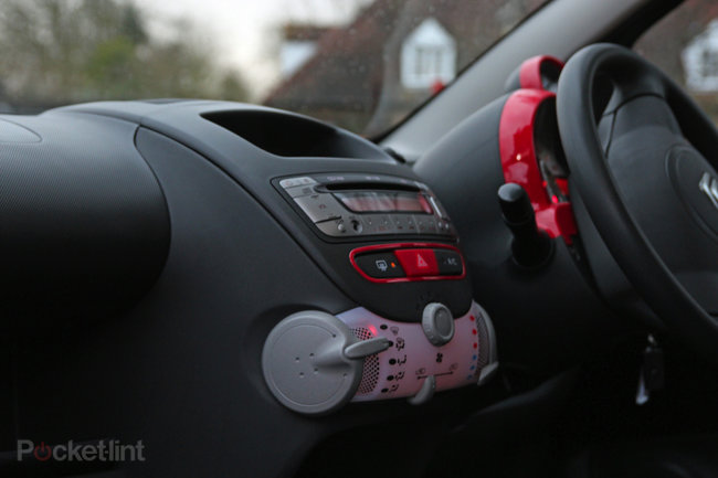 Citroën C1 Connexion: The Facebook crowdsourced car - photo 11