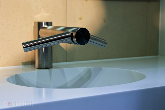 Dyson Airblade Tap pictures and (clean) hands-on - photo 2