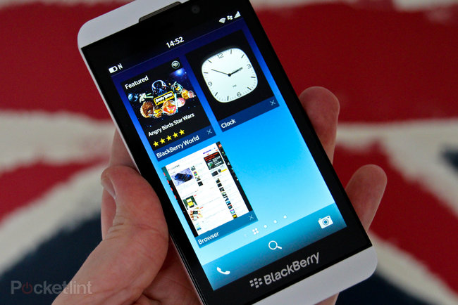 White BlackBerry Z10 pictures and hands-on - photo 14
