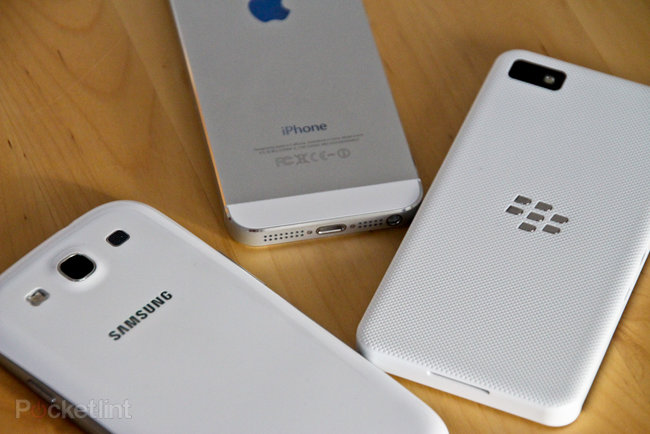 White BlackBerry Z10 pictures and hands-on - photo 17