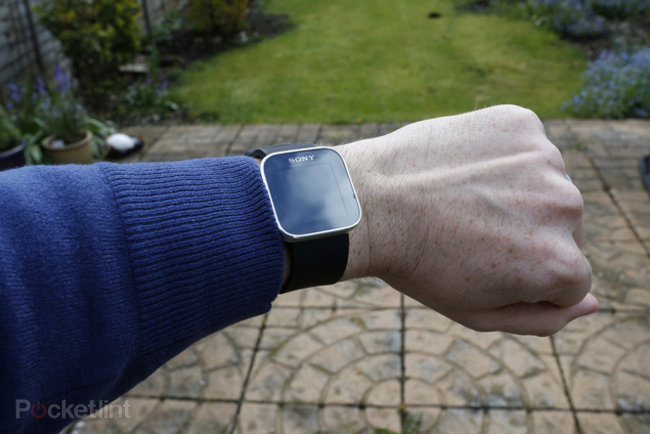 Can't wait for an Apple iWatch? Here are the rivals: Pebble, Casio, Motorola and more - photo 9