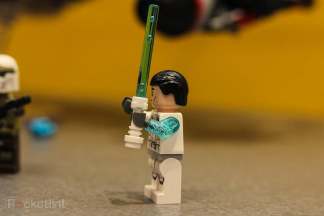 Yoda Chronicles Lego tie-in sees first ever minifig with transparent arm - photo 2