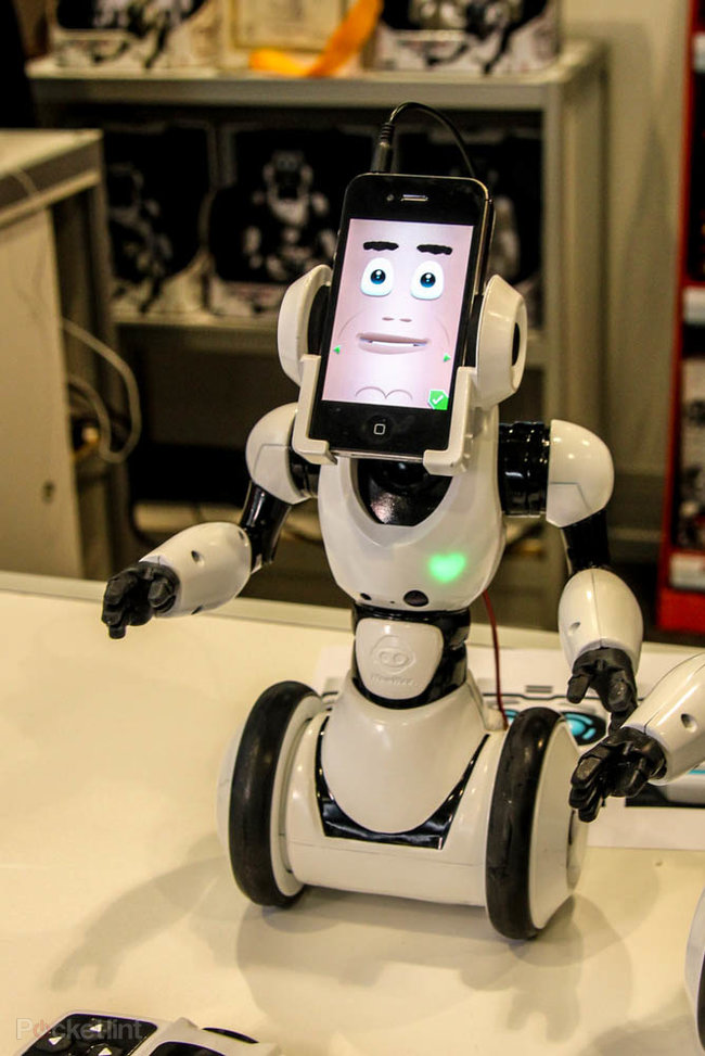 WowWee RoboMe: iPhone controlled robot that lets you call home - photo 9