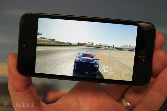 Real Racing 3 hands-on preview: Taking mobile racing to a new level - photo 2