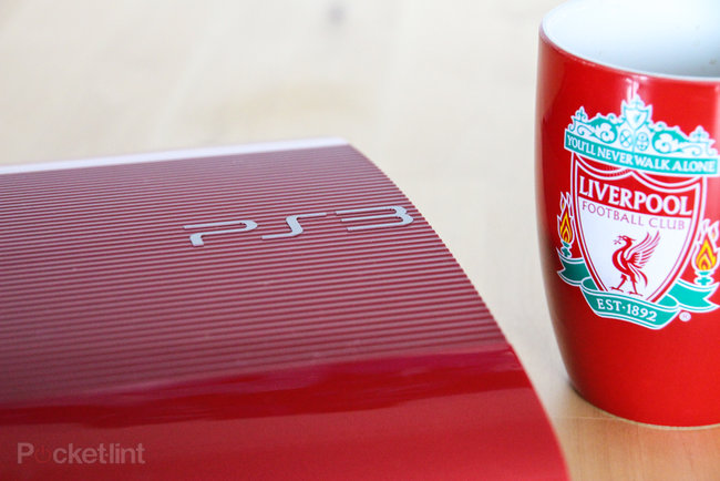 Garnet Red superslim PS3 pictures and hands-on - photo 20