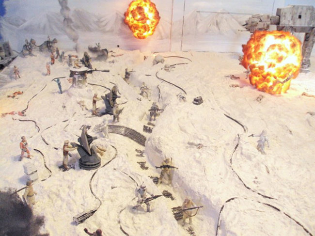 Star Wars fan builds battle of Hoth in his living room - photo 1