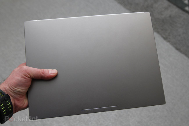 Google announces high-end Chromebook Pixel, we go hands-on - photo 2