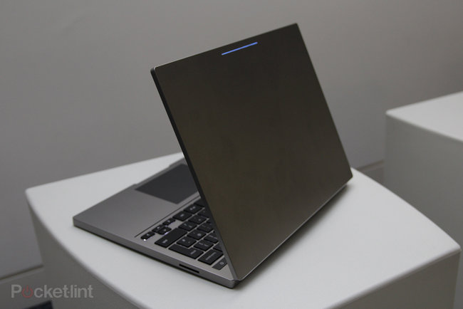 Google announces high-end Chromebook Pixel, we go hands-on - photo 5