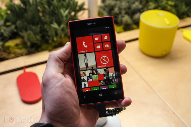 Nokia Lumia 520 pictures and hands-on - photo 1