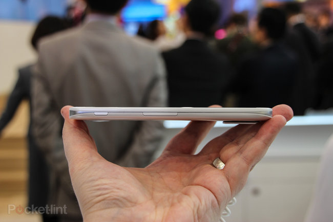 LG Optimus G Pro pictures and hands-on - photo 2