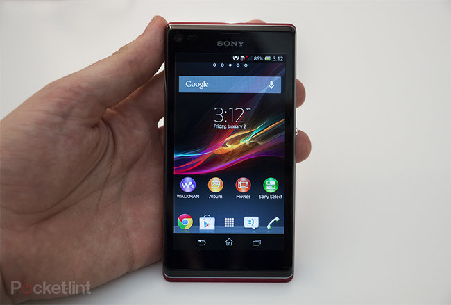 Sony Xperia L pictures and hands-on - photo 1