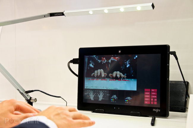 Fujitsu Gesture Keyboard for tablets and smartphones works from existing camera - photo 1