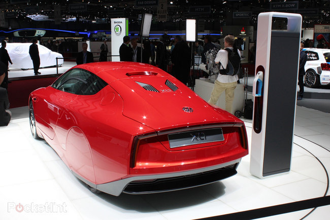 Volkswagen XL1 pictures and hands-on - photo 7