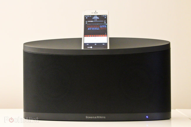 Bowers & Wilkins Z2 iPhone 5 and AirPlay dock pictures and hands-on - photo 3