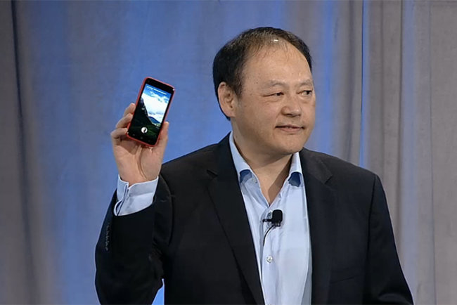 Facebook phone unveiled as HTC First with Facebook Home, available 12 April on AT&T US, EE coming soon - photo 1