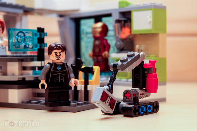 Lego Iron Man Malibu Mansion Attack pictures and hands-on - photo 6