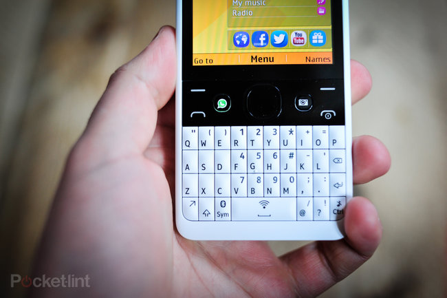Nokia Asha 210 pictures and hands-on - photo 3