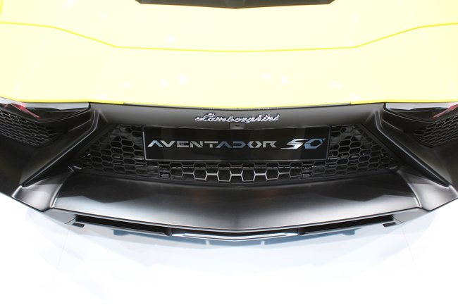 Lamborghini Aventador LP720-4 50° pictures and eyes-on - photo 13