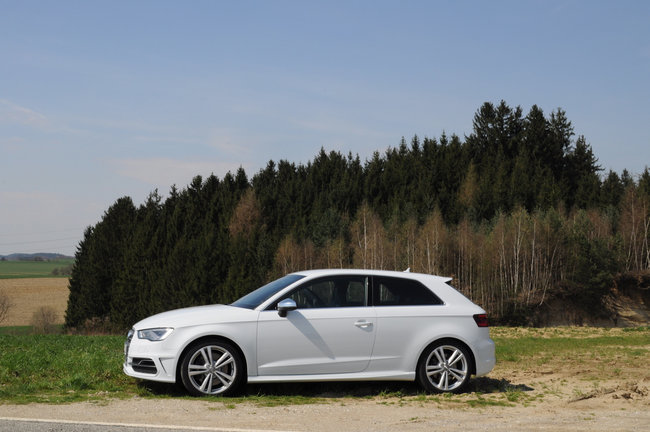 Audi S3 pictures and hands-on - photo 1