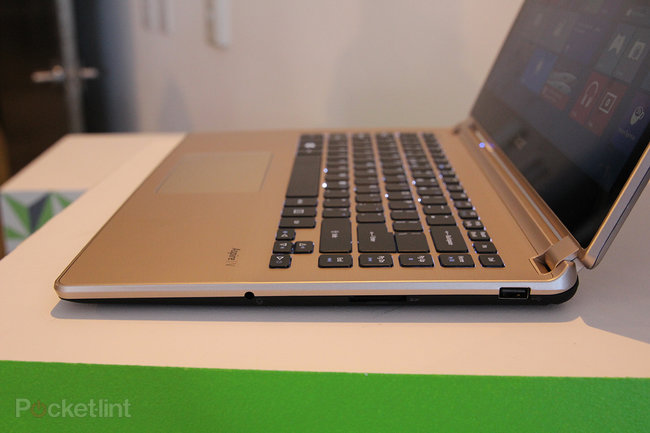 Acer Aspire V7 pictures and hands-on - photo 3