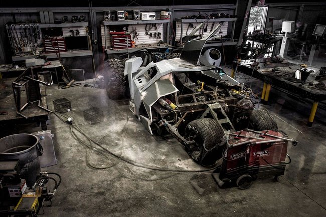 Batmobile to race in Gumball rally, team builds custom Batman Tumbler - photo 6