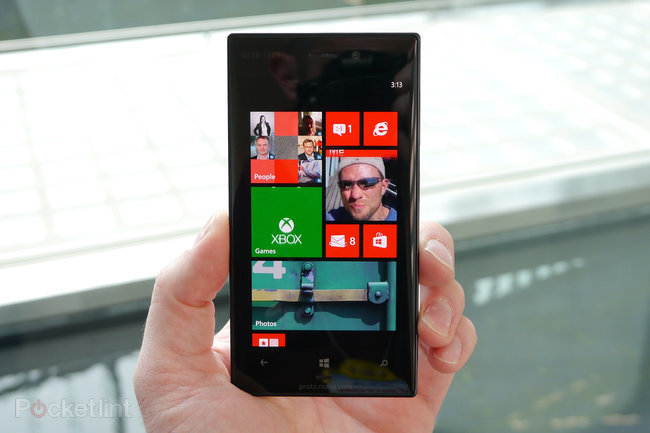 Nokia Lumia 928 pictures and hands-on - photo 3