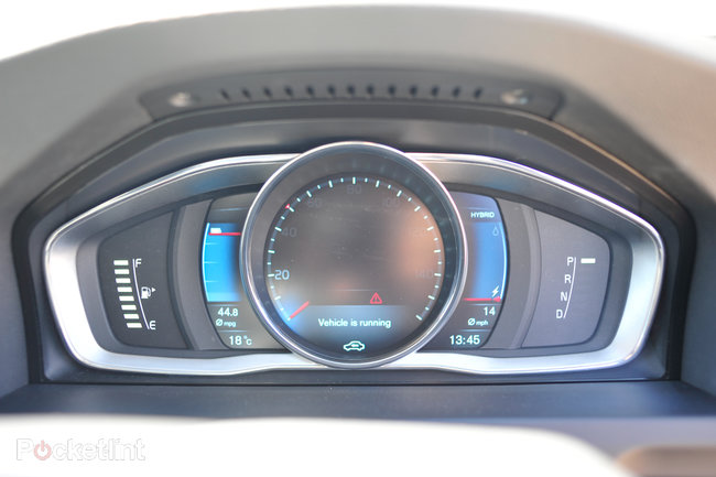 Volvo V60 D6 plug-in hybrid pictures and hands-on - photo 5