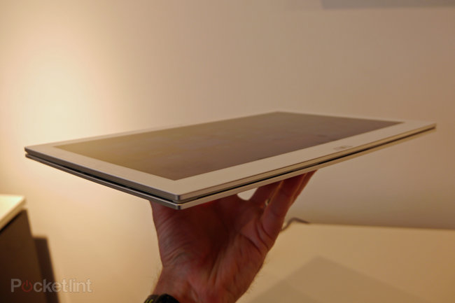 Sony Vaio Duo 13 pictures and hands-on - photo 12