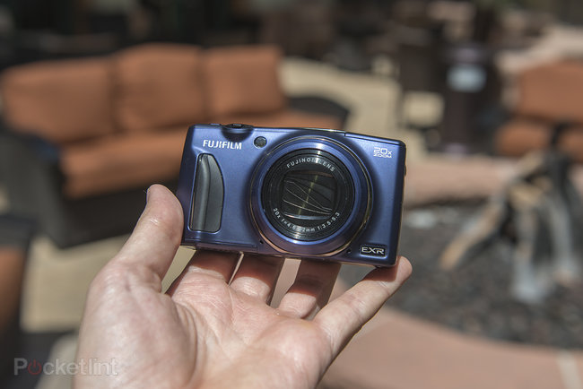 Fujifilm FinePix F900EXR review - photo 9