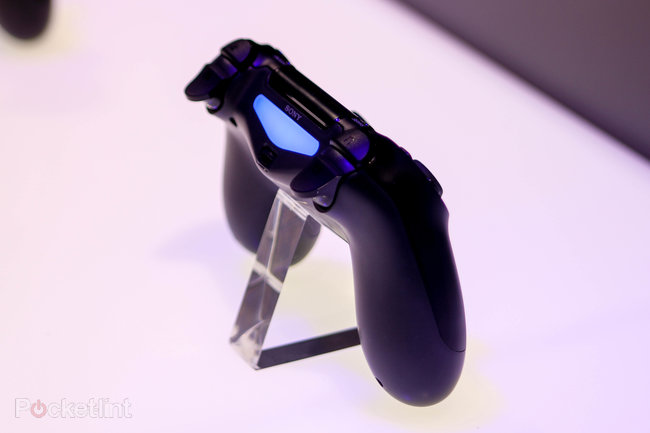 Sony PS4 pictures and eyes-on - photo 15