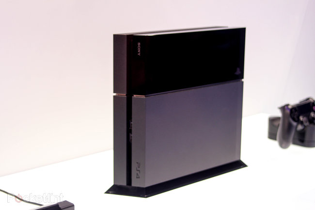 Sony PS4 pictures and eyes-on - photo 2