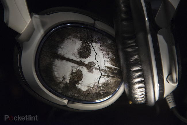 Turtle Beach Call Of Duty: Ghosts Spectre headset pictures and eyes-on - photo 3