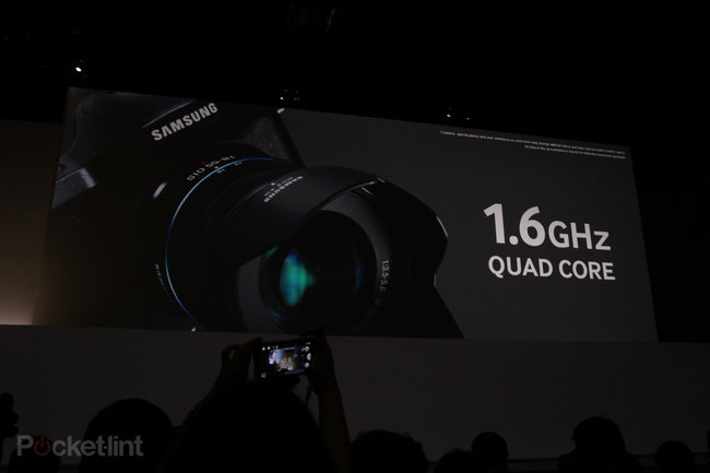 Samsung Galaxy NX official: Interchangable lenses, APS-C sensor, Android 4.2 - photo 5