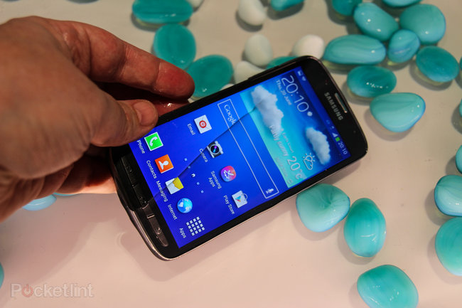 Samsung Galaxy S4 Active pictures and hands-on - photo 2