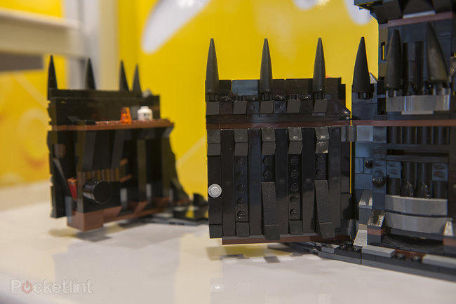 Lego Lord of the Rings 'Battle at the Black Gate' and other 2013 LOTR sets pictures and hands-on - photo 11