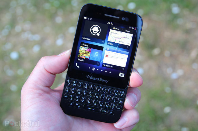 BlackBerry Q5 - photo 1