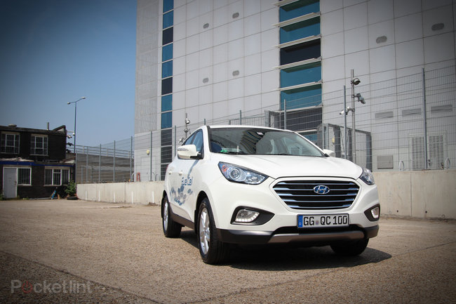 Driving the Hyundai ix35 Fuel Cell: The world's first production hydrogen fuel cell car - photo 1