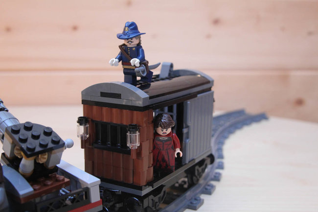 Lego Back To The Future + Lone Ranger Constitution Train Chase = BTTF III gold - photo 37