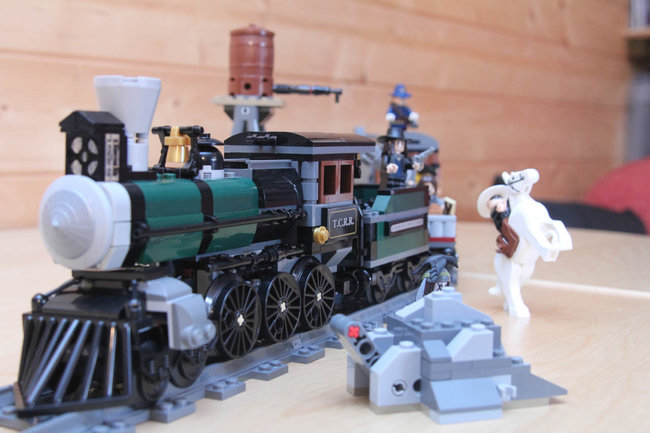 Lego Back To The Future + Lone Ranger Constitution Train Chase = BTTF III gold - photo 38