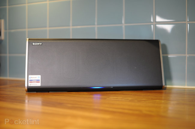 Sony SRS-BTX500 bluetooth speaker review - photo 14