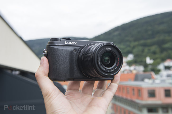 Panasonic Lumix GX7 review - photo 2