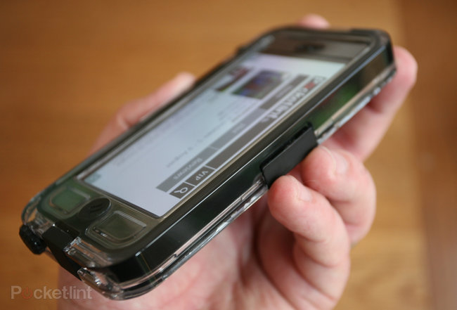Hands-on: Griffin Survivor & Catalyst Waterproof iPhone 5 case review - photo 2