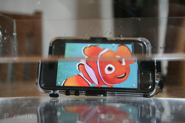 Hands-on: Griffin Survivor & Catalyst Waterproof iPhone 5 case review - photo 3