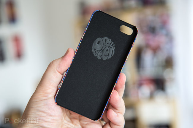 Pretty Green Paisley iPhone 5 Cases pictures and hands-on - photo 4