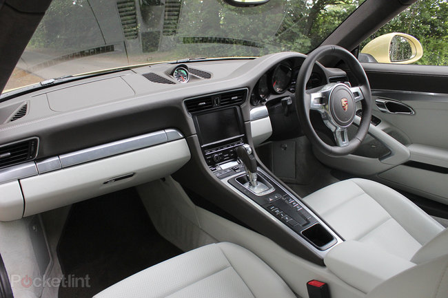 Porsche 911 Carrera 4S review - photo 35