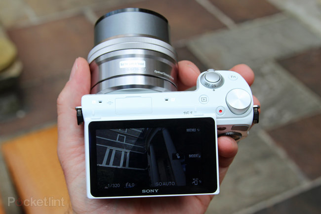 Sony NEX-5T hands-on: NFC comes to the NEX - photo 14